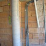 Geotermikus ház egyik fürdője készül